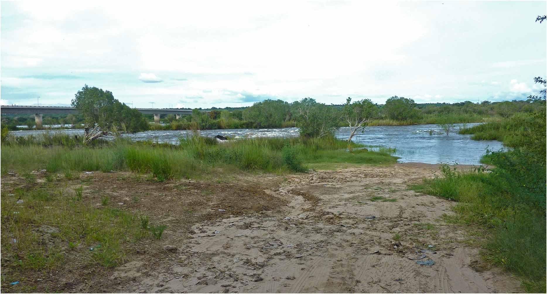 Namibie, Katima Mulilo, Wenela border post, rapides du Zambèze